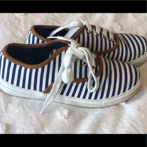 Striped Canvas Sneakers SZ 7 *fits like 6*